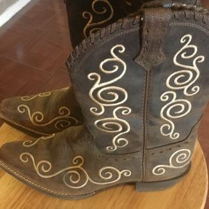 ARIAT Boots size 3 GIRLS BROWN/TAN